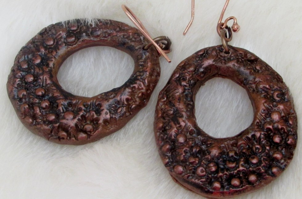 Drop copper earrings, Rou...