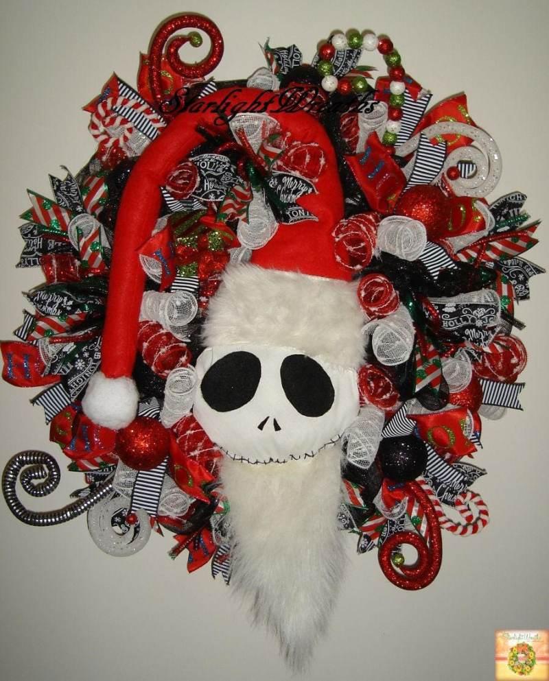 Nightmare Before Christmas Wreath In Old Tim Nightmare Before ...