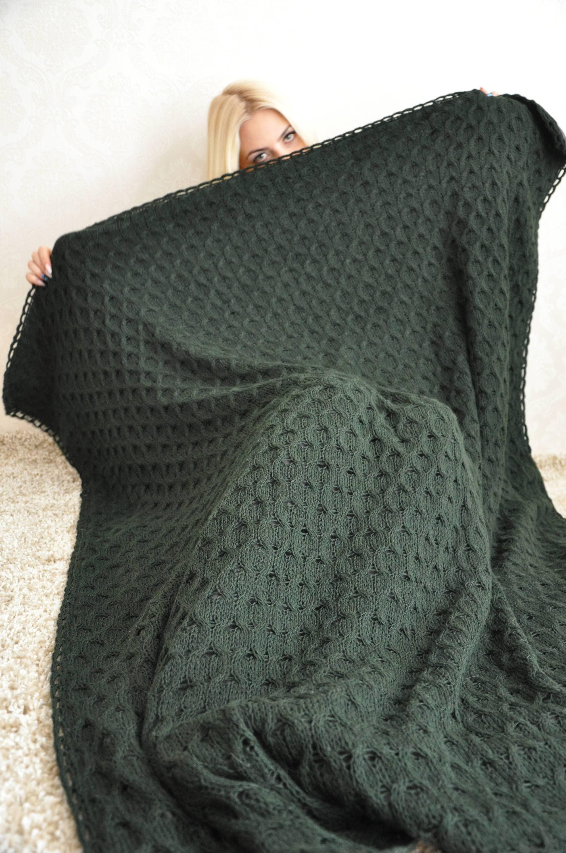 Peaceably Handmade Wool Fleece Knit Cableknit Blanket Handmade Wool Fleece Knit Blanket Cable Knit Blanket Amazon Cable Knit Blanket Diy houzz 01 Cable Knit Blanket