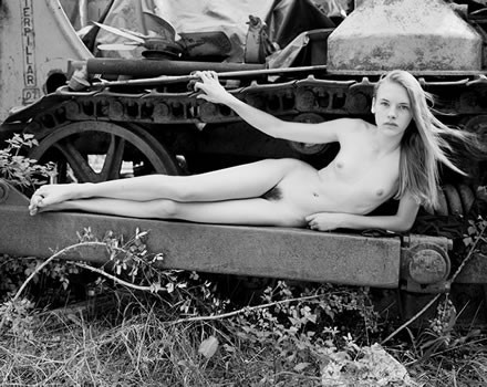 family girl nudist david hamilton