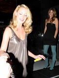 Katherine Heigl - Downblouse Candid at Sushi Restaurant Katsuya