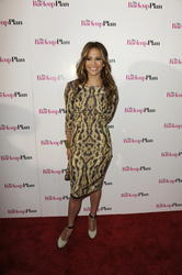 Jennifer Lopez in tight dress attends screening of The Back-up Plan in Miami - Hot Celebs Home