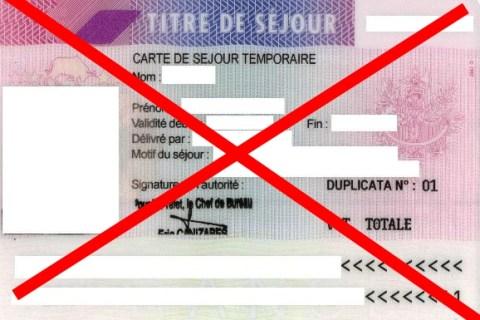 Nouvelles précisions sur la péremptiondu certificat de résidence algérien de 10 ans.
