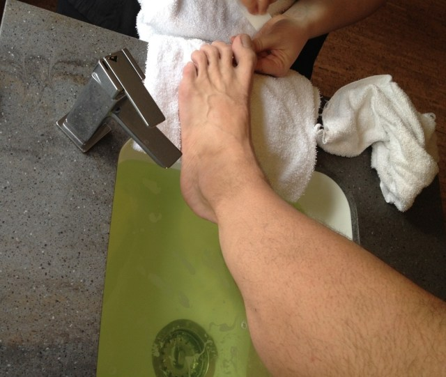 Mens Pedicure