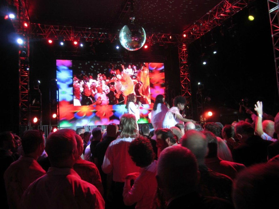 Evening Under The Stars Palm Springs Disco Divas (4)
