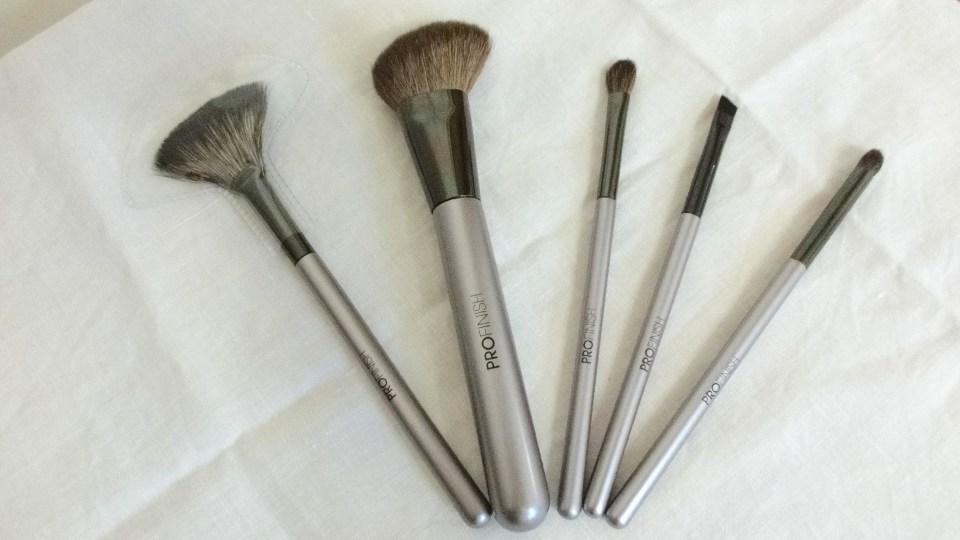 Trade_Secrets_ProFinish_Make_Up_Brushes_Real_Hair_Bristles