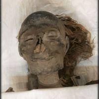 Kraliçe Hatshepsut'un 3500 yıllık mumyası sonsuza dek gülümsüyor.