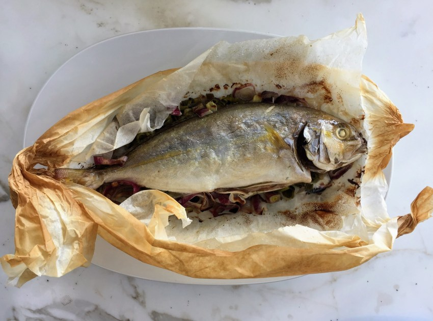 Whole Fish En Papillote With Spring Onions Incuqina