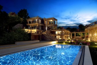 светильники для бассейнов
