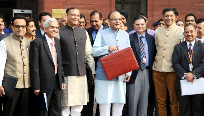 Arun Jaitley, India's Finance Minister (center) doubled coal cess to fund green initiatives as he announced country's national budget on 29 February. (Image by Press Information Bureaue, Government of India)