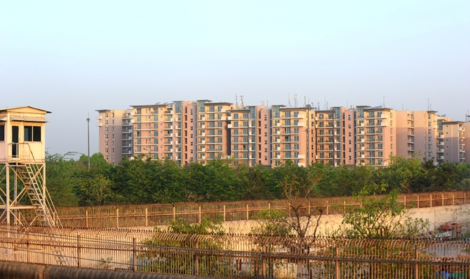 The government encroached on the Yamuna floodplain to build the athletes' village for the 2010 Commonwealth Games, and the courts permitted this despite litigation by environmentalists. Together, the Commonwealth Games Village and the Akshardham temple next door occupy around 150 hectares of the riverbed