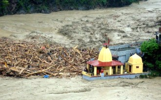 Ganga floods Uttarakhand as ministries bicker over dams