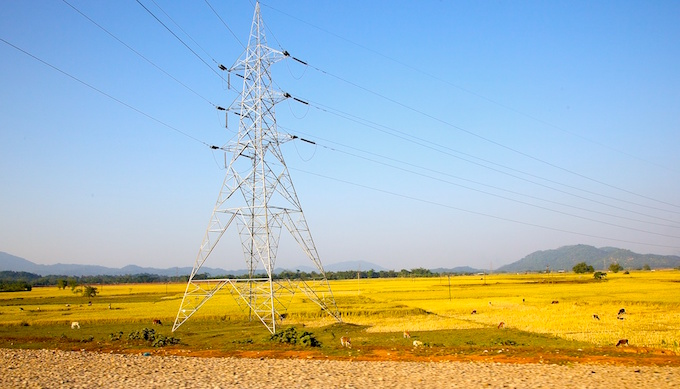 India's transmission and distribution plans proving to be a weak link in India's ambitious target of producing 175 GW by 2022 (Photo by Michael Foley)
