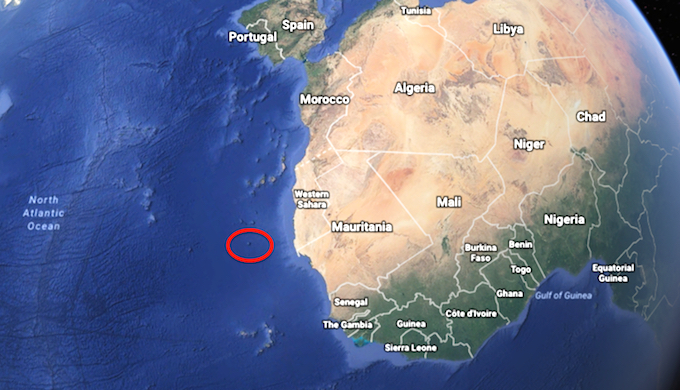 The submerged mountain, Tropic Seamount, lies off the coast of north-west Africa. (Photo by Google Earth)