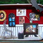 Halloween Vincent Price Theme Diorama – Missing Willow Farm