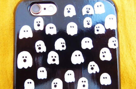 DIY Ghosts Phone Case for Halloween