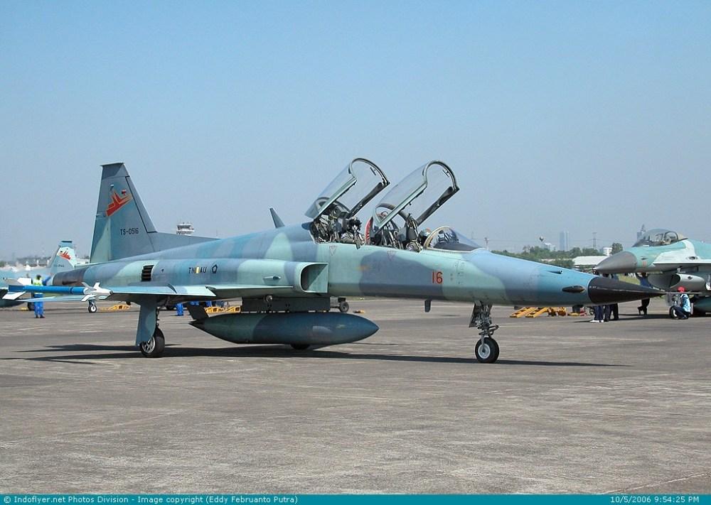 F-5E TigerII : Macan Angkasa Andalan Skadron 14 (4/6)