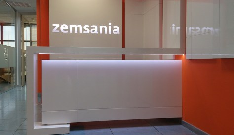 Recepción Zemsania