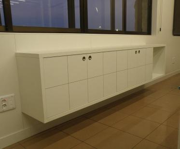 Indoormobel mueble auxiliar