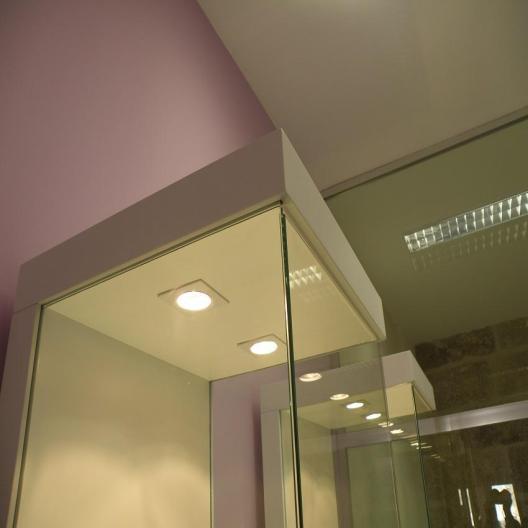 Indoormobel detalle vitrina