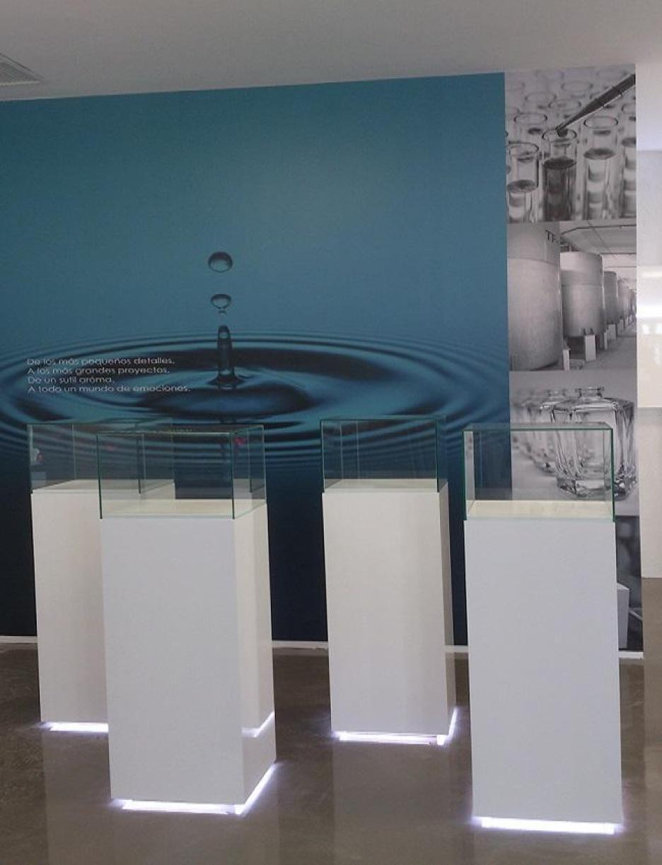 Indoormobel vitrinas expositoras