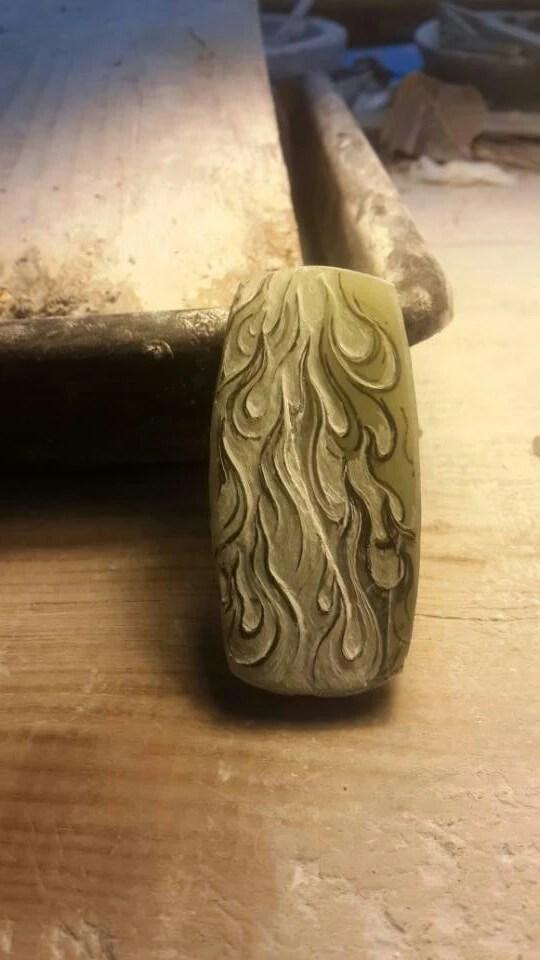 「燚」——東北青玉籽料雕刻作品
