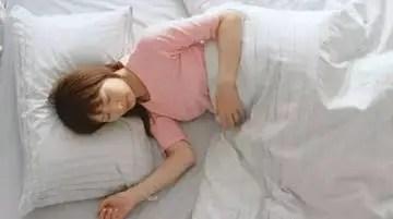 睡姿不對,遲早遭罪!究竟哪種睡覺姿勢最好!