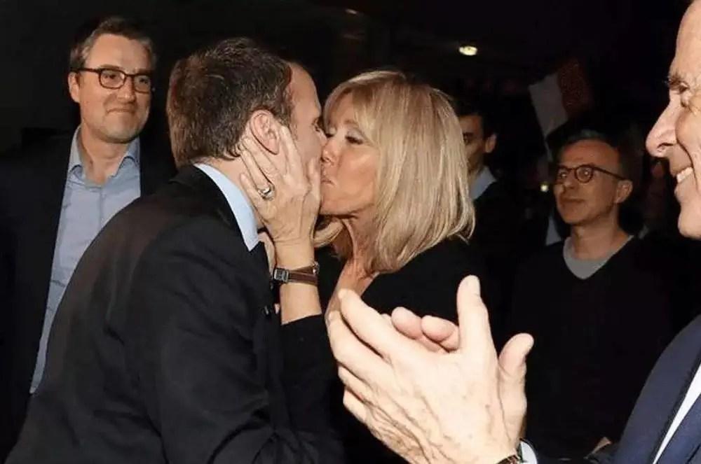 他39歲年薪千萬,當上總統,卻一心陪伴63歲的妻子,拒絕全球女人的表白,這才是愛情