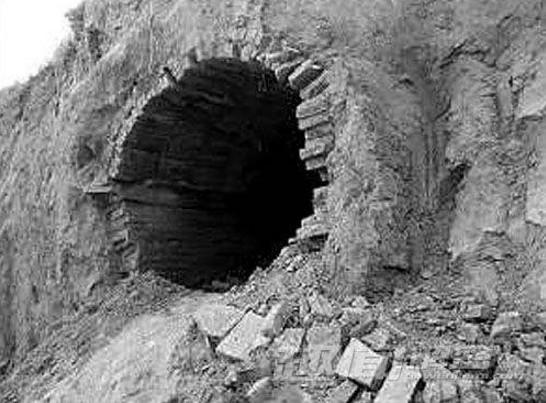07年美國大批考古人員進駐蒙古,疑似發現千年寶藏被驅逐出境