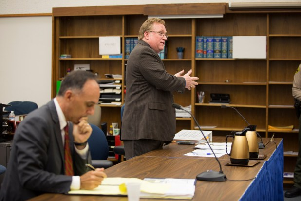 Attorney Cory Briggs argues a case in San Diego County Superior Court. Nov. 4, 2016. Megan Wood/inewsource.