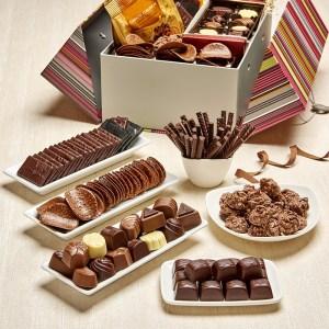 259002000_panier_de_chocolats_1kg_01