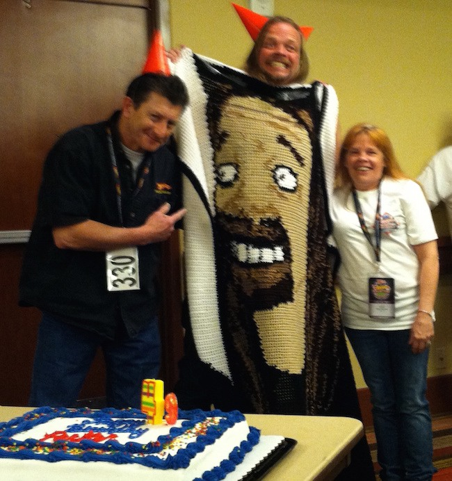 As if the convention wasn't already enough fun, Chris celebrated his birthday at the event. He makes a convincing Simpsons character, doesn't he? With him is Mike Zarnock, who is a member of the hobbyDB advisory board.