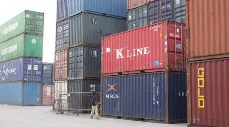 Neraca Perdagangan RI Surplus US$670 Juta