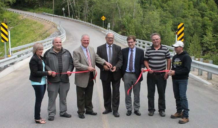 Sainte-Christine-d'Auvergne : le nouveau pont de la rivière Jacquot est inauguré