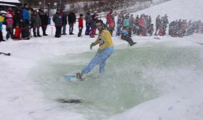 ski_splash2