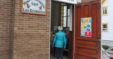 Les Écureuils : « Longue vie au magasin général »