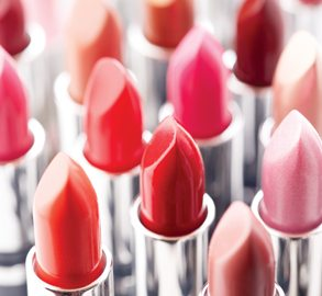 How Dangerous ARE Cosmetics? [infographic]