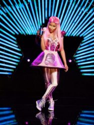 20120507115917ENPRNPRN3 PEPSICO NICKI MINAJ A 1y 1336391957MR1 187x250 Pepsi Ad featuring Nicki Minaj hit single Moment 4 Life new remix
