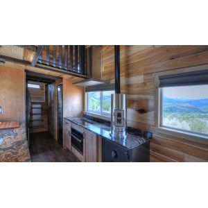 Neat Pemberly Tiny Mobile Rocky Mountain This Huge On Wheels Can Fit A Family Five Rocky Mountain Mansion Tiny House Nation Rocky Mountain Tiny Houses Boulder