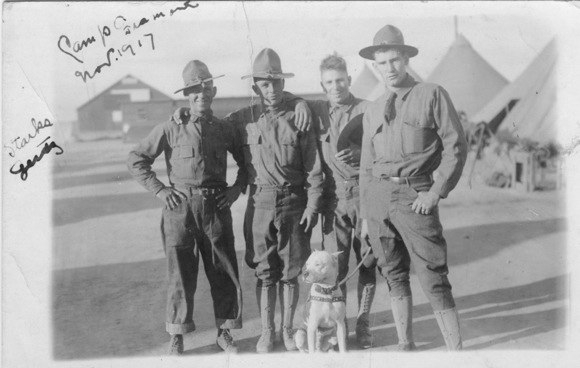 soldiers with dog