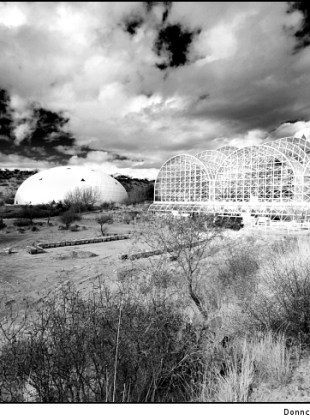 biosphere-2-desert-and-sky