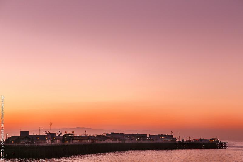 Early morning Santa Cruz Wharf