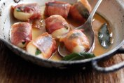 Parma Ham-wrapped scallops with Marsala and sage