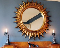 Sun mirror at The Elephant Restaurant, Torquay