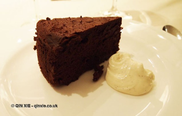 Soft Chocolate cake with crema di mascarpone, Theo Randall at The Intercontinental