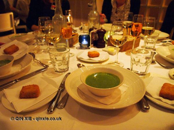 Sonny's Kitchen, Barnes, dinner