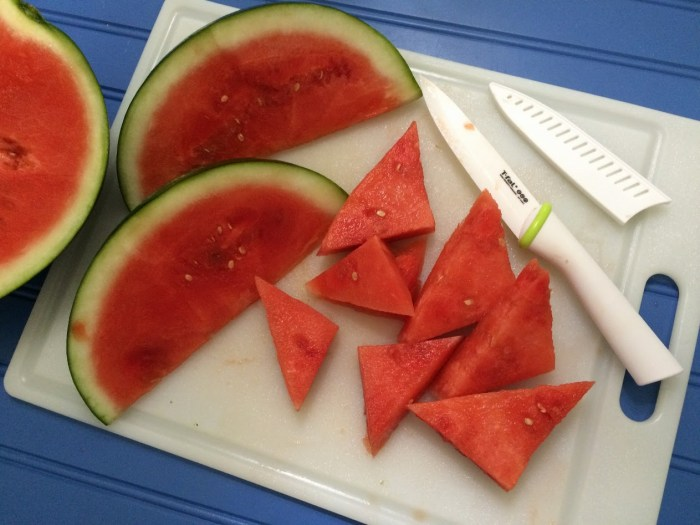Sharp Ceramic Knife to Cut Through Thick Watermelon Skin: T-fal Zen Ceramic 6in Bread Knife -