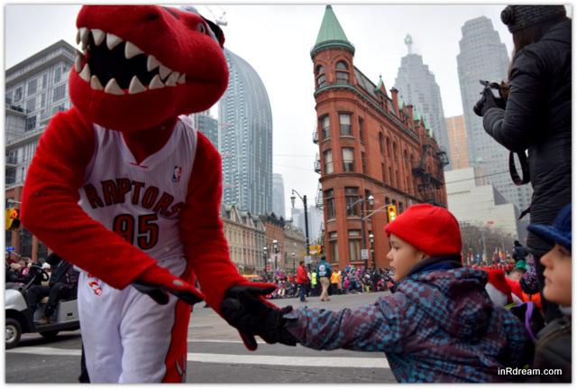 Toronto Santa Claus Parade 2014 Raptors