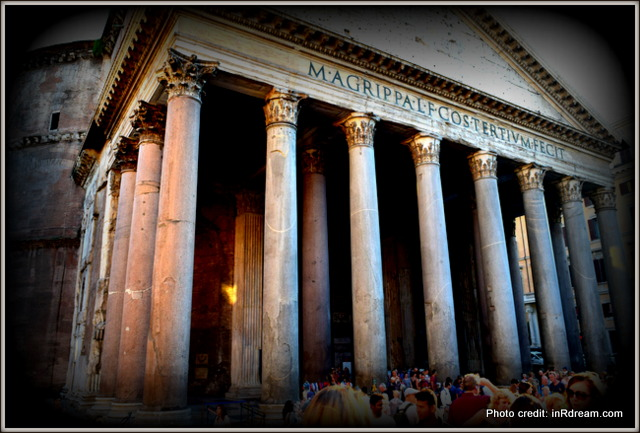 Tour of Pantheon, Walks of Italy tour, Pantheon, Italy Tour, Finding a tour in Italy, Night-time tour in Rome, Rome tour, Pantheon welcome tour, Italy welcome tour, Walks of Italy welcome tour.