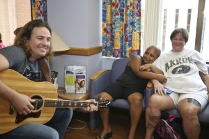 LOPen delivers smiles, rocks the night away